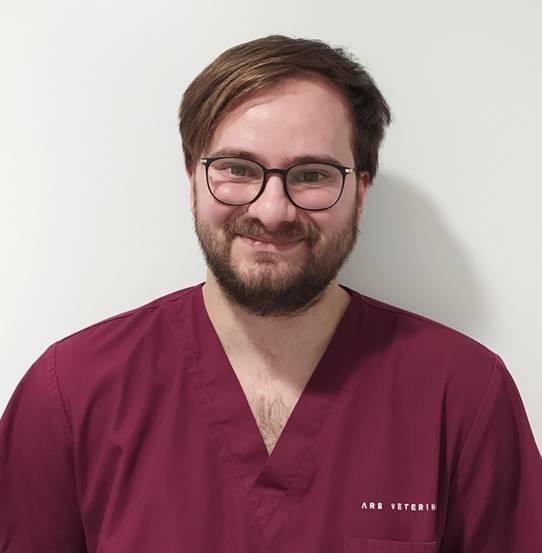Sergi Fuxa Soler, auxiliar veterinario